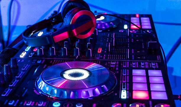 DJ Swa presents the Relax Mix June 2018
